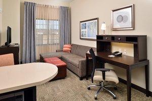 Suite - Staybridge Suites Commerce Drive Northwest Rochester