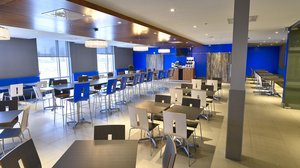Restaurant - Holiday Inn Express Hotel & Suites Vaudreuil