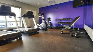 Fitness/ Exercise Room - Holiday Inn Express Hotel & Suites Vaudreuil