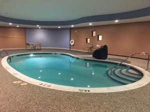 Pool - Holiday Inn Express Hotel & Suites Bradford