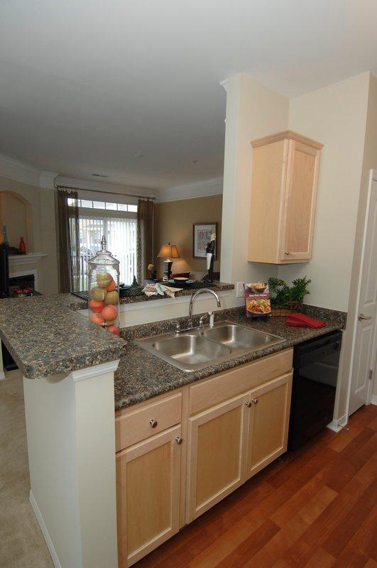 Hampton Furnished Apartment Kitchen Island