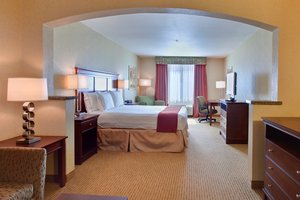 Suite - Holiday Inn Express Hotel & Suites Porterville