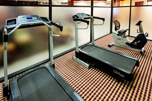 Fitness/ Exercise Room - Holiday Inn Express Paramus