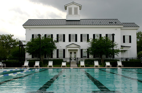Orlando Furnished Apartment Pool