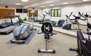 Fitness/ Exercise Room - Holiday Inn Express Hotel & Suites Yankton