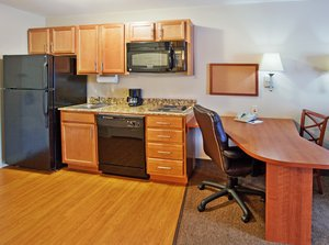 Room - Candlewood Suites Fort Benning Columbus