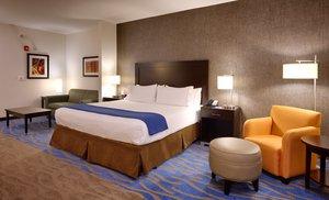 Room - Holiday Inn Express Hotel & Suites Overland Park