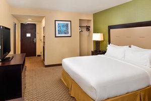 Room - Holiday Inn Express Woodland