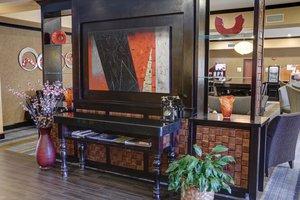 Lobby - Holiday Inn Express Hotel & Suites Texarkana
