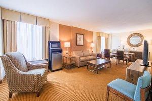 Suite - DoubleTree by Hilton Hotel Airport Philadelphia