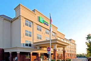 Exterior view - Holiday Inn Express Hotel & Suites Avenel