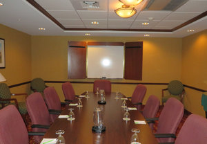Room - Courtyard by Marriott Hotel Middlebury