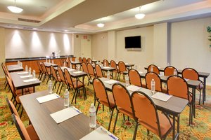 Meeting Facilities - Holiday Inn Express Hotel & Suites Porterville