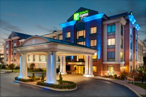 Exterior View Holiday Inn Express Hotel Suites Warwick