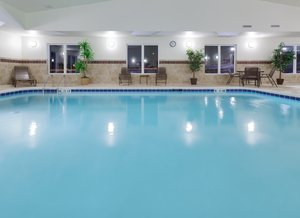 Pool Holiday Inn Express Hotel Suites Gretna