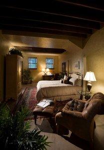 Room - Inn At Leola Village