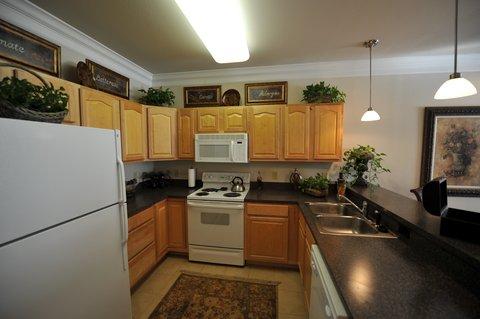 Charlottesville Furnished Apartment Kitchen
