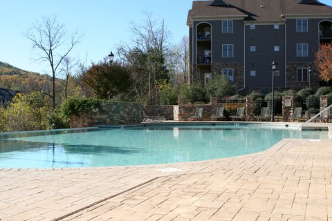Charlottesville Furnished Apartment Swimming Pool