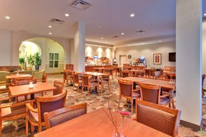 Restaurant - Holiday Inn Express Hotel & Suites South Edmonton