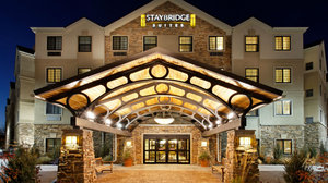 Exterior view - Staybridge Suites Commerce Drive Northwest Rochester