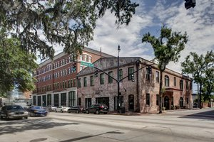 Exterior view - Staybridge Suites Historic District Savannah