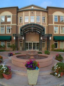 Exterior view - Holiday Inn Express Windsor