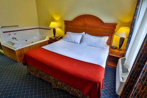 Room - Holiday Inn Express Bemidji