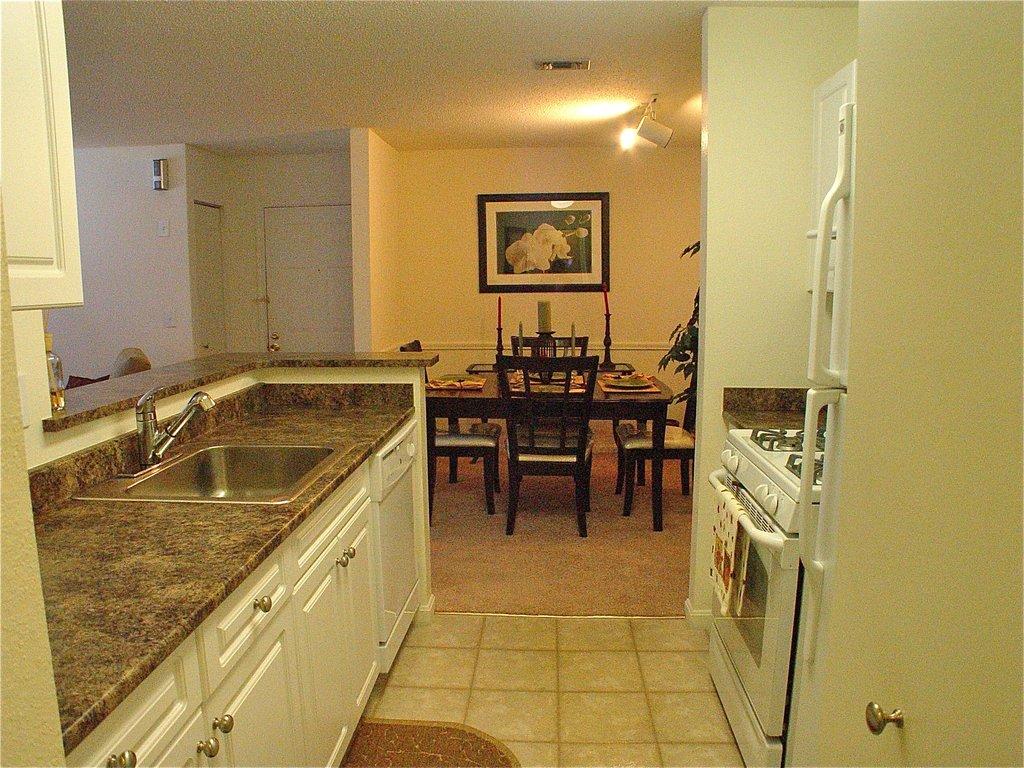 Hamden Furnished Apartment Kitchen