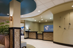 Lobby - Holiday Inn Express Hotel & Suites Waycross