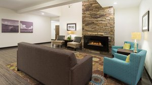 Lobby - Holiday Inn Express Hotel & Suites Wyomissing