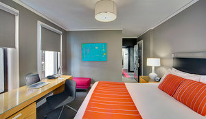 Room - Hotel Max Seattle