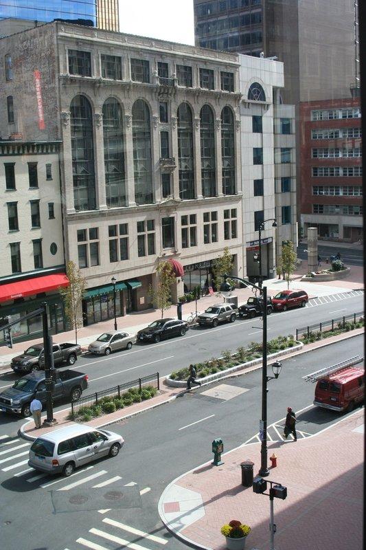 Hartford Furnished Apartment Exterior