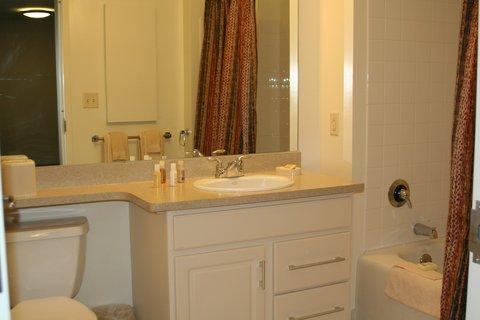 Hartford Furnished Apartment Bathroom