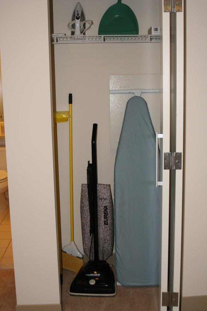 Hartford Furnished Apartment Utility Closet