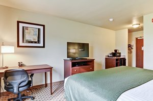 Room - Cobblestone Inn & Suites Ambridge