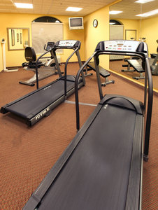 Fitness/ Exercise Room - Holiday Inn Express Bert Kouns Shreveport