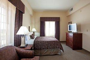 Room - Staybridge Suites Baton Rouge