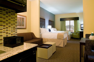 Room - Holiday Inn Express Hotel & Suites Waycross