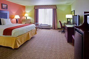 Room - Holiday Inn Express Hotel & Suites Alexandria