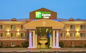 Exterior view - Holiday Inn Express Hotel & Suites Alexandria