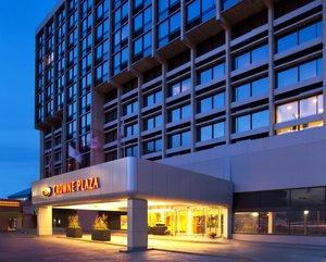 Exterior view - Crowne Plaza Hotel Newton