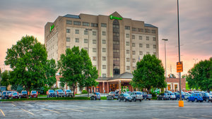 Exterior view - Holiday Inn Rushmore Plaza Rapid City