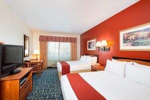 Room - Holiday Inn Express Hotel & Suites Alamosa