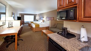 Room - Holiday Inn Express Hotel & Suites Southwest Sioux Falls