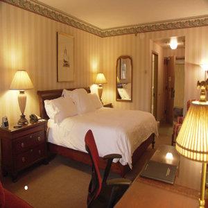 Room - Inn at Villanova University Center Radnor
