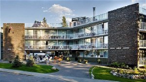 Exterior view - Bow View Lodge Banff