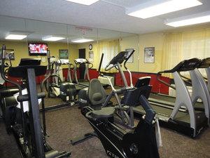 Fitness/ Exercise Room - Park Inn by Radisson Mechanicsburg