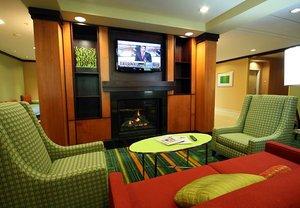Lobby - Fairfield Inn & Suites by Marriott White River Junction