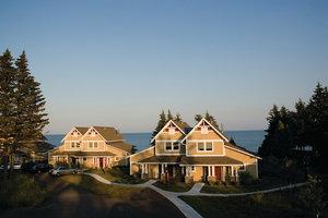 Exterior view - Larsmont Cottages Two Harbors