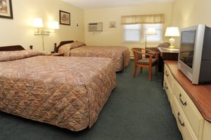 Room - University Lodge Amherst